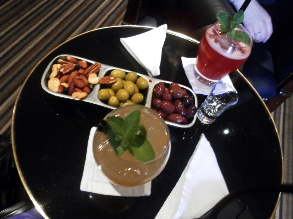 The Asian Destination :: American Bar at The Savoy